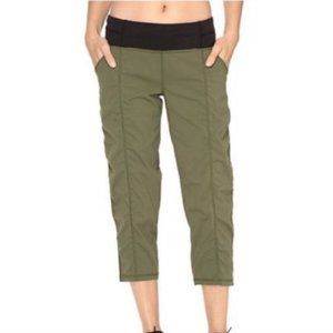 """Lucy Activewear Olive """"Get Going"""" Capris"""